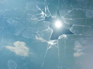 broken-549087_1280