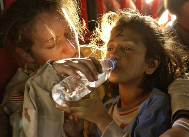 ayuda humanitaaria